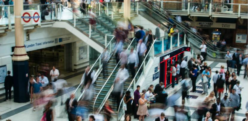 双11深度观察:年轻人真的只是在盲目买买买吗?