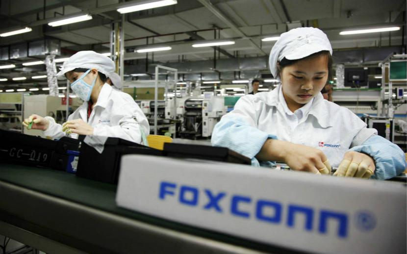 富士康败退印度,爽约美国,为何iPhone还得在中国制造?